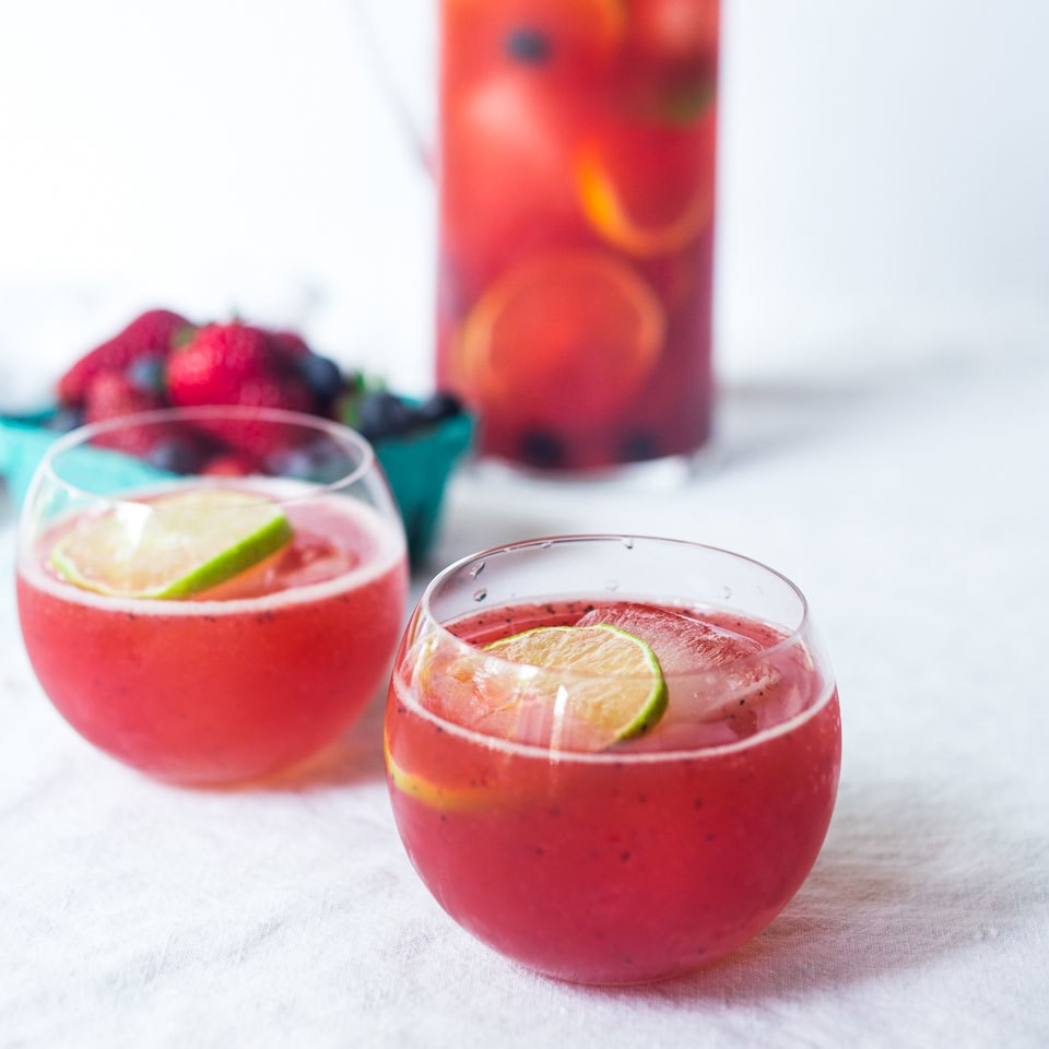 strawberry & lime summer spritzer